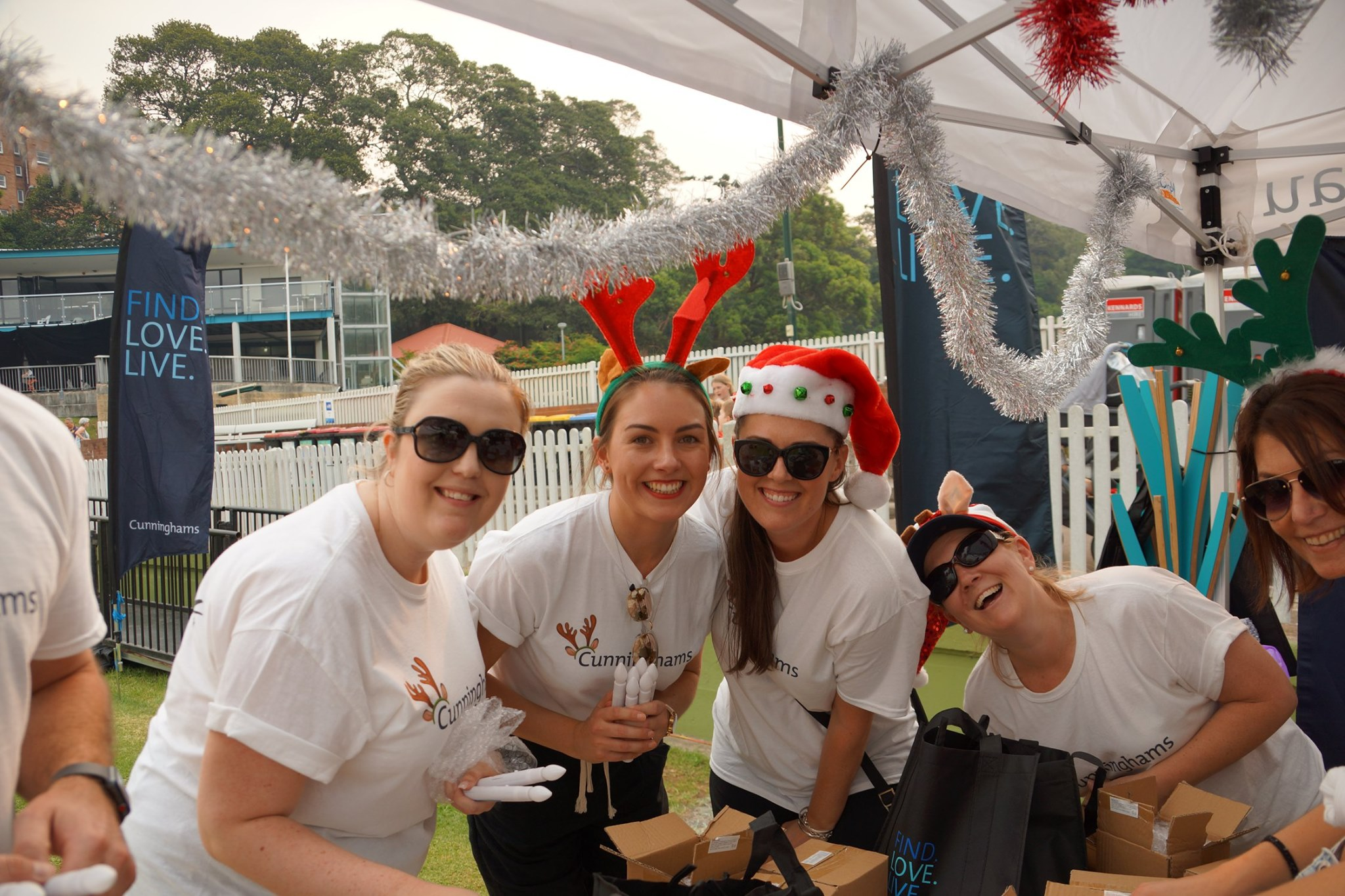 2019 Manly And Dee Why Christmas Carols Cunninghams Real Estate